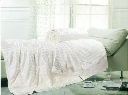 Одеяло (asabella) бежевый 145x205 см.