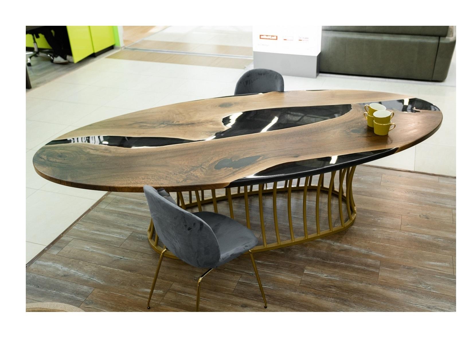 Обеденный стол (woodzpro) коричневый 140x75x280 см.