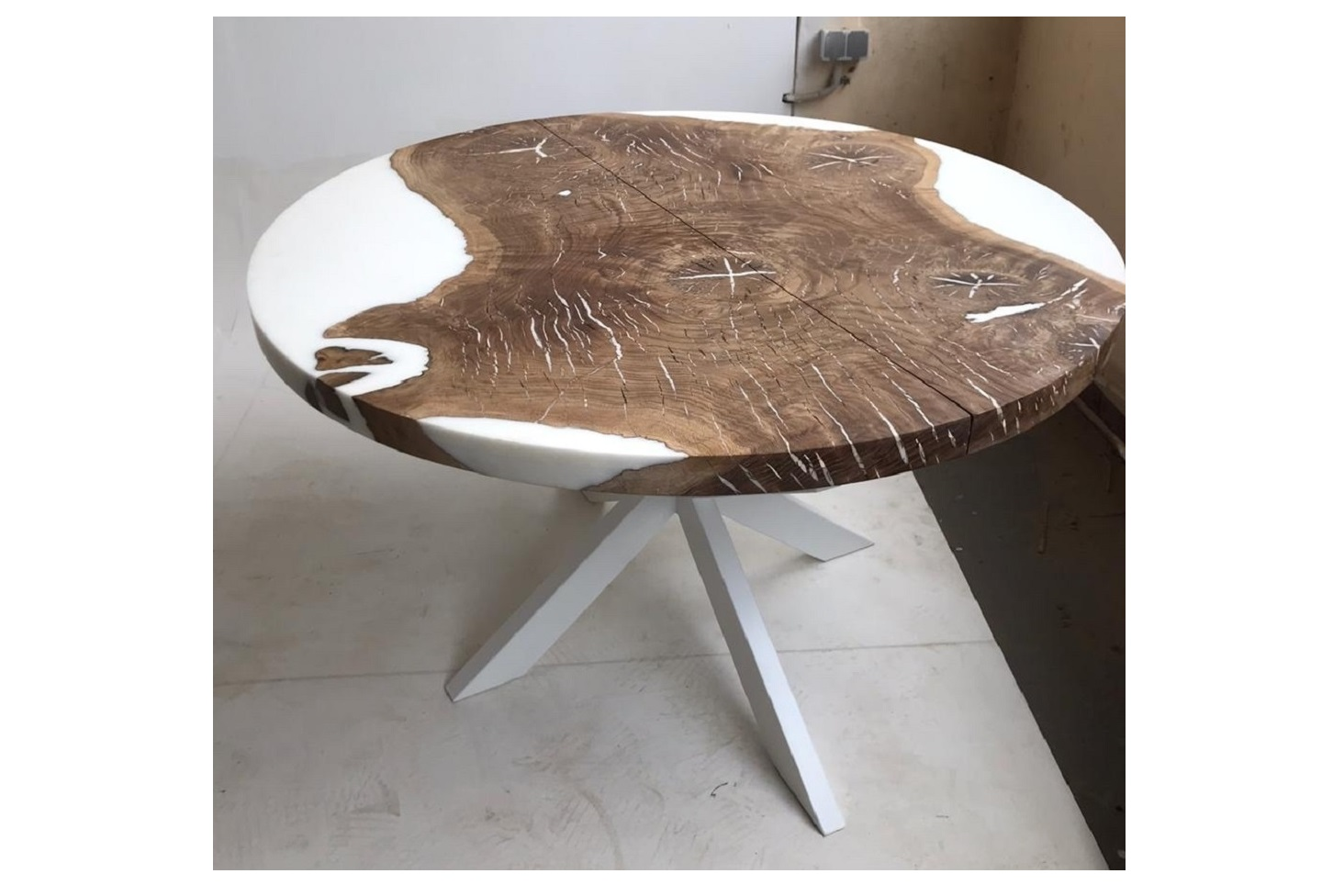 Обеденный стол (woodzpro) коричневый 120x75 см.