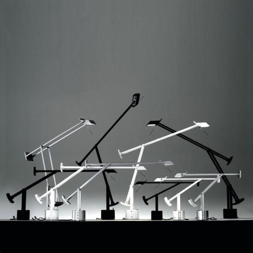 Настольная лампа Tizio 35 WhiteНастольные лампы<br>Настольная лампа &amp;quot;Tizio 35 White&amp;quot; выполнена из поликарбоната окрашенного в белый цвет. Противовес устанавливается в нескольких положениях, позволяя менять угол наклона и высоту от 27 до 100 см. Инновация Tizio в его конструкции: трансформатор находится в основании и питает галогенную лампу через рейки и клепки самой конструкции без дополнительных проводов.&amp;lt;div&amp;gt;&amp;lt;div&amp;gt;Тип лампы: галогенная&amp;lt;/div&amp;gt;&amp;lt;div&amp;gt;Цоколь: GY6.35&amp;lt;/div&amp;gt;&amp;lt;div&amp;gt;Мощность: 50W&amp;lt;/div&amp;gt;&amp;lt;/div&amp;gt;<br><br>Material: Пластик<br>Width см: 65<br>Height см: 56