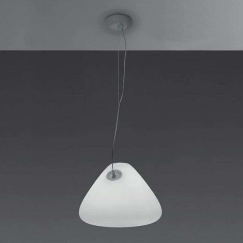 Светильник Capsule FluoПодвесные светильники<br>Выдувное травленое стекло.<br>Мощность: 1 G24Q-4 x 42 Вт<br><br>Material: Стекло<br>Height см: 220.0<br>Diameter см: 45.0