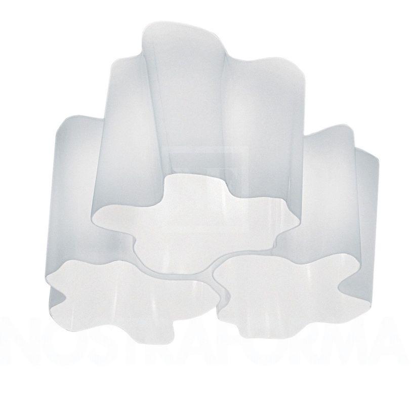 Светильник Logico soffitto mini 3x120°Потолочные светильники<br>Состоит из трех элементов. Основа - окрашенный структурный металл, рассеиватель из выдувного стекла с шелковой полировкой.<br><br>Ламп: 3<br>Цоколь: Е27<br>Мощность: 70 Вт<br><br>Material: Стекло<br>Length см: 45.0<br>Width см: 45.0<br>Height см: 23.0