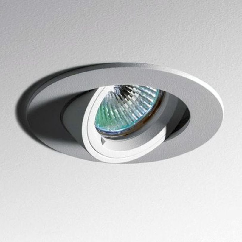 Встраиваемый светильник Toplite 100 Bi-AdjustableТочечный свет<br>Корпус из алюминия или стали. Диаметр встройки - 88мм. Угол наклона до 70 °, вращение до 355 ° в зависимости от версии. Лампы крепятся без специальных инструментов, простым поворотом на четверть оборота. Соответствует стандартам.&amp;lt;div&amp;gt;&amp;lt;div&amp;gt;Тип лампы: металлогалогенная&amp;lt;/div&amp;gt;&amp;lt;div&amp;gt;Цоколь: GX10&amp;lt;/div&amp;gt;&amp;lt;div&amp;gt;Мощность: 35W&amp;lt;/div&amp;gt;&amp;lt;/div&amp;gt;<br><br>Material: Металл<br>Length см: None<br>Width см: None<br>Depth см: 13.0<br>Height см: None<br>Diameter см: 10.0