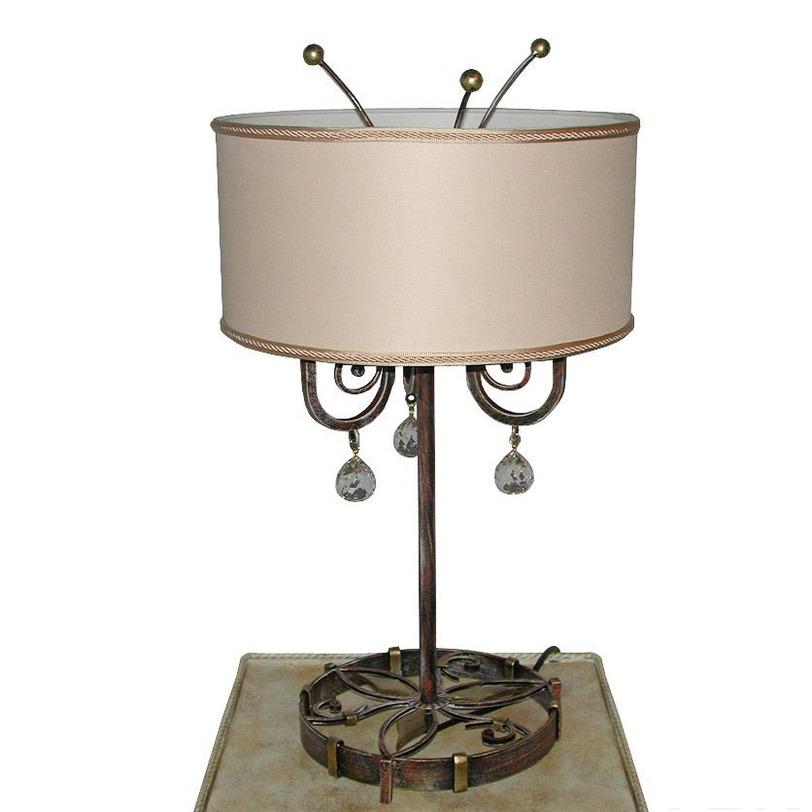 Настольная лампа EdenДекоративные лампы<br>Элегантность и оригинальность данной модели придает ручное покрытие металлического основания: бордово-коричневый цвет с золотой патиной. Светильник декорирован подвесками из хрусталя Asfour.&amp;amp;nbsp;&amp;lt;div&amp;gt;&amp;lt;br&amp;gt;&amp;lt;/div&amp;gt;&amp;lt;div&amp;gt;Вид цоколя: E14. Мощность: 60W. Количество ламп: 3.&amp;lt;/div&amp;gt;<br><br>Material: Металл<br>Height см: 55<br>Diameter см: 31
