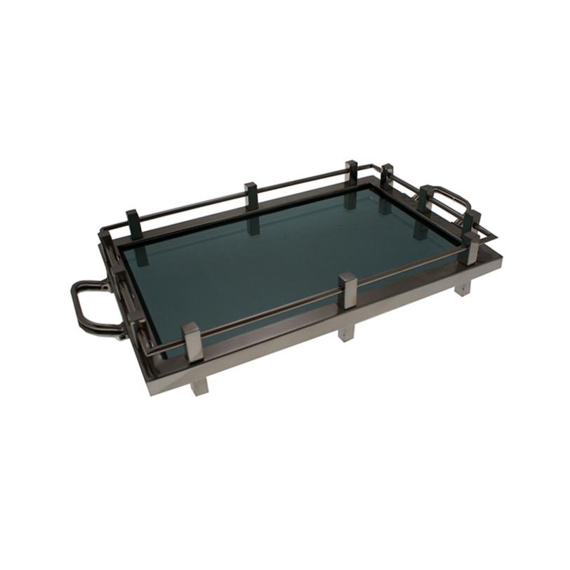 Поднос WaldorfДекоративные подносы<br>Поднос выполнен из никелированного металла. Основание подноса выполнено из плотного стекла черного цвета.<br><br>Material: Стекло<br>Length см: 60<br>Width см: 40<br>Height см: 12