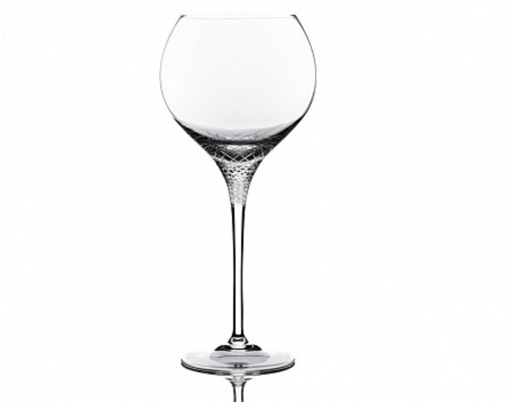 Набор бокалов для красного вина SeraБокалы<br>Набор из 6 бокалов. Коллекция Sera - искусный багет, достойной обрамление для красного и белого вина, для &amp;quot;игривого&amp;quot; шампанского и выдержанного бренди, как говорят: &amp;quot;Королеву играет свита&amp;quot;!<br><br>Ручная алмазная гравировка, ручное литьё.&amp;amp;nbsp;&amp;lt;div&amp;gt;&amp;lt;br&amp;gt;&amp;lt;/div&amp;gt;&amp;lt;div&amp;gt;Объем 900 мл&amp;lt;/div&amp;gt;<br><br>Material: Хрусталь<br>Length см: None<br>Width см: None<br>Depth см: None<br>Height см: 27.5<br>Diameter см: None