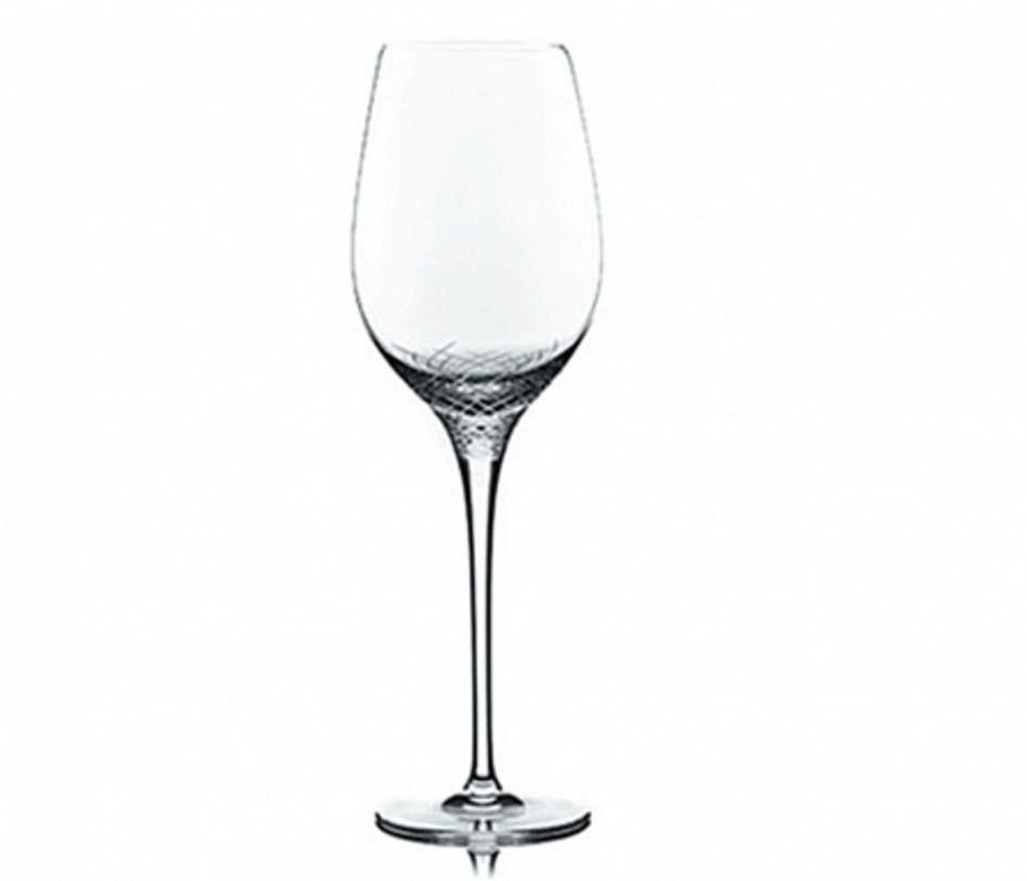Набор бокалов для белого вина SeraБокалы<br>Набор из 6 бокалов. Специальная тюльпанообразная форма чаши и тонкая ножка (длина кисти рук) поможет получить истинное удовольствие от благородного вина, так как позволит вину максимально раскрыться, а тончайший чистый хрусталь ручной работы подчеркнёт цвет напитка, тягучесть, прозрачность, а для игристых - шипучесть, ведь по оттенкам можно определить возраст и выдержки.<br><br>Ручная алмазная гравировка, ручное литьё.<br>Материал: европейский хрусталь&amp;amp;nbsp;&amp;lt;div&amp;gt;&amp;lt;br&amp;gt;&amp;lt;/div&amp;gt;&amp;lt;div&amp;gt;Объем 700 мл&amp;lt;/div&amp;gt;<br><br>Material: Хрусталь<br>Height см: 28.9