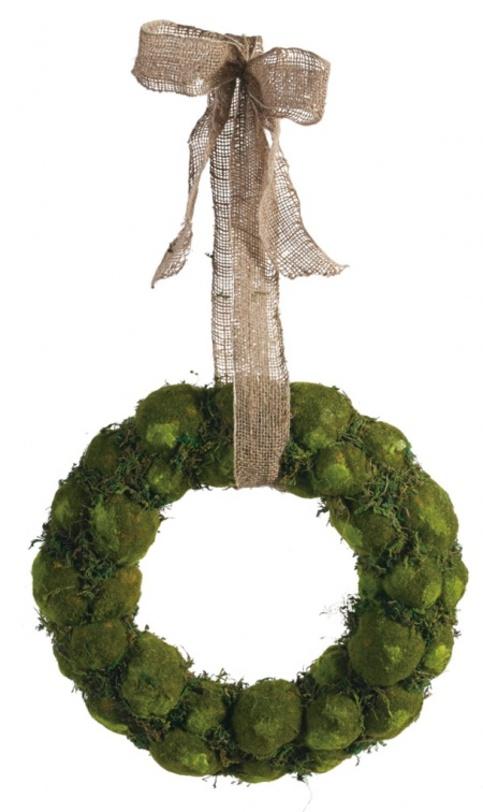 Декоративный венок Vigilia MiddleДругое<br>Декоративный подвесной венок Vigilia Middle украсит собой как входную дверь вашего дома, так межкомнатные, подчеркивая своим наличием вашу любовь к стилю Provence. Изготовлен предмет декора из искусственного материала и тканной ленты, однако выглядит вполне естественно, как будто вы сами буквально сегодня сплели его из подручных материалов.<br><br>Материал: Полиэстер, тканевая лента<br>Цвет: Зелёный<br><br>Material: Текстиль<br>Diameter см: 43
