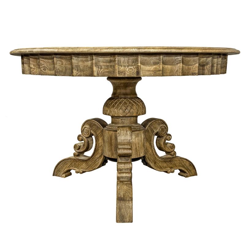 СтолОбеденные столы<br>Обеденный стол из натурального дуба в стиле французский шик. Особую привлекательность этого предмета представляет фигурное основание с обилием стильных узоров. В сочетании с естественным узором фактуры дерева выглядит превосходно.<br><br>Material: Дуб<br>Length см: None<br>Width см: None<br>Depth см: None<br>Height см: 78.0<br>Diameter см: 120.0