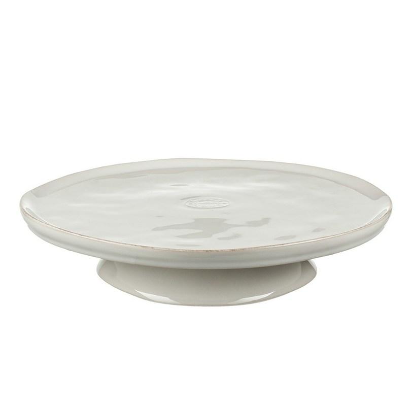 Блюдо на ножкеДекоративные блюда<br>Материал: керамика<br>Цвет: белый<br>Объем: 26 см<br><br>Material: Керамика<br>Length см: None<br>Width см: None<br>Depth см: None<br>Height см: None<br>Diameter см: None