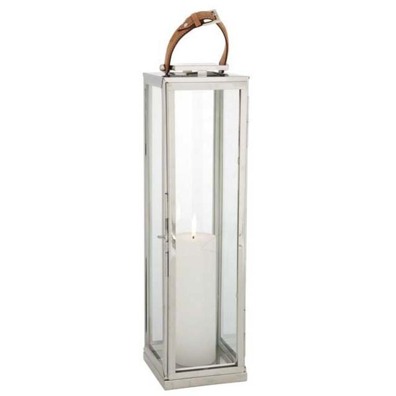 Подсвечник Hurricane Geogrian XLПодсвечники<br>Материал: стекло, металл.<br>Цвет металла - никель.<br>Ручка из коричневой кожи.<br><br>Material: Стекло<br>Ширина см: 19<br>Высота см: 70