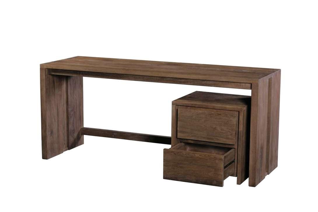 Стол письменный Fisa 180Письменные столы<br>Письменный стол из массива тика в минималистическом скандинавском дизайне. Возможен в двух размерах. Возможно дополнительно приобрести тумбу с двумя вместительными ящиками.<br><br>Material: Тик<br>Ширина см: 60<br>Высота см: 78