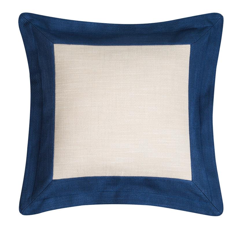 ПодушкаКвадратные подушки и наволочки<br>Контрастная подушка в классическом морском сочетании белого и синего. Синий кант внесет в интерьер яркий стилевой штрих.&amp;amp;nbsp;Одна сторона монохромная, а другая двухцветная. &amp;amp;nbsp;В зависимости от настроения ее можно переворачивать с одного края на другой, играя с обстановкой интерьера.<br><br>Material: Текстиль<br>Ширина см: 38
