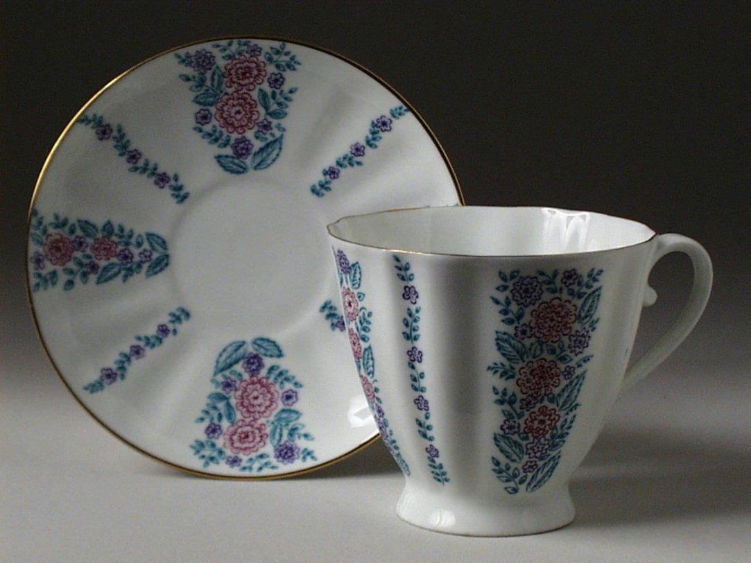 Чайная Чашка с блюдцем Гвоздика Маргаритки