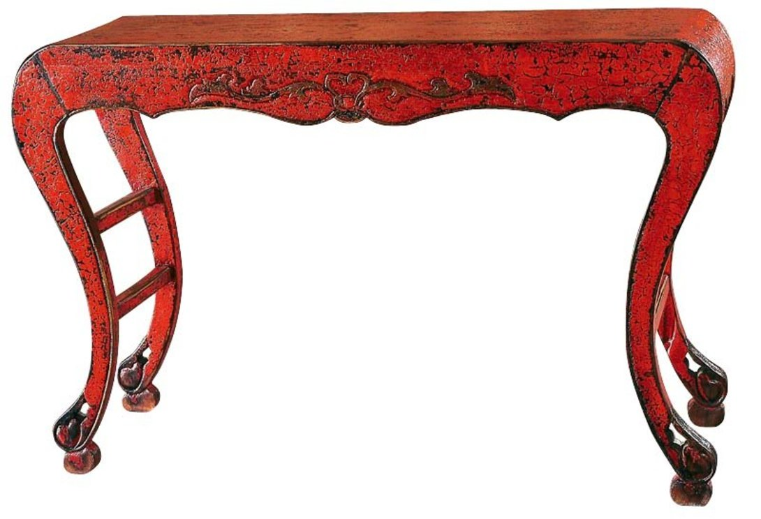 Консоль Сян-АньИнтерьерные консоли<br>Традиционная консоль красного цвета, покрытая кракелюрным лаком. Ранний период династии Мин.<br>В китайской росписи мебели преобладают два цвета: базовый черный и красный лак. Но в те далекие времена формула веществ была не совершена, и с течением времени верхний слой подвергался коррозии, обнажая нижний черный слой, называемый кракелюром. Консоль украшена цветочной резьбой и ножками кабриоль, которые в китайской культуре изображается как коготь дракона, сжимающий жемчужину.<br><br>Материал: тополь, вязь, береза<br>Цвет: красный кракелюр<br><br>Material: Дерево<br>Length см: 130<br>Width см: None<br>Depth см: 30<br>Height см: 81<br>Diameter см: None
