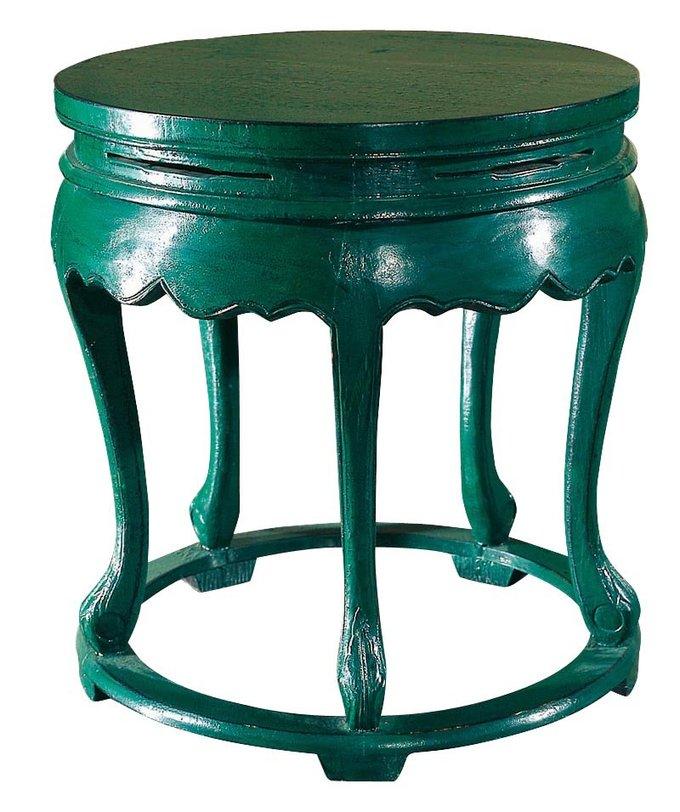 Столик Юань- дэнВинные, коктейльные столики<br>С конца 18 века в дизайне этой подставки под цветы ничего практически не изменилось. Из-за своего размера основание изделия размещено возле Кана (диван). В древности в центре предполагается ставить что-то ценное: статуэтки, вазы или цветы. Сегодня все чаще такую мебель используют как коктельный столик.<br><br>Материал: тополь, вязь, береза<br>Цвет: зеленый<br><br>Material: Дерево<br>Length см: None<br>Width см: None<br>Depth см: None<br>Height см: 66<br>Diameter см: 60