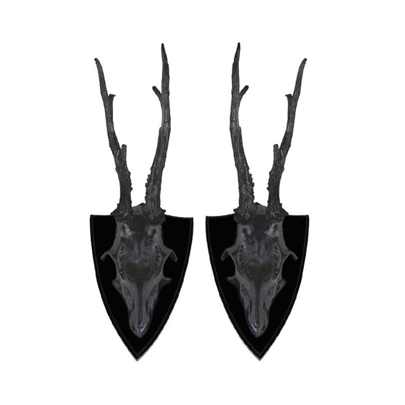 Аксессуар SKULL DEERФигуры<br>Декоративные рога животного Skull Deer из металла состаренного коричневого цвета. Деревянное основание. Комплект из 2 предметов.<br><br>Material: Металл<br>Length см: None<br>Width см: 13<br>Depth см: None<br>Height см: 29<br>Diameter см: None