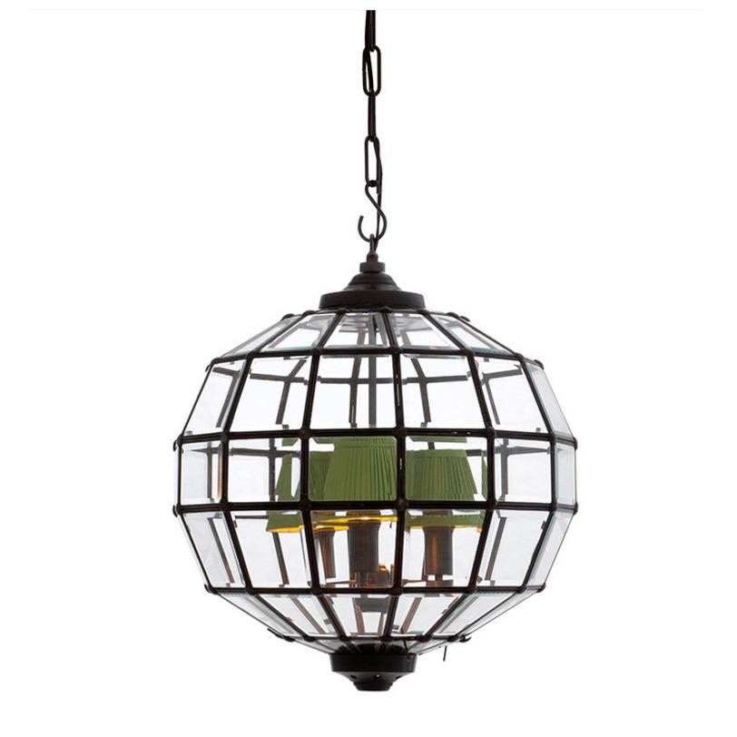 Подвесная люстра Lantern LunaЛюстры подвесные<br>Подвесной светильник выполнен в виде многогранной сферы. Металлический каркас с отделкой под состаренную бронзу в котором закреплены прозрачные стекла с фацетами. Абажуры не входят в комплект и заказываются отдельно.<br>Количество лампочек: 3<br>Мощность: 3 x 40 Вт<br>Цоколь: E14<br><br>Material: Металл<br>Length см: 45<br>Width см: 45<br>Depth см: None<br>Height см: 45<br>Diameter см: None