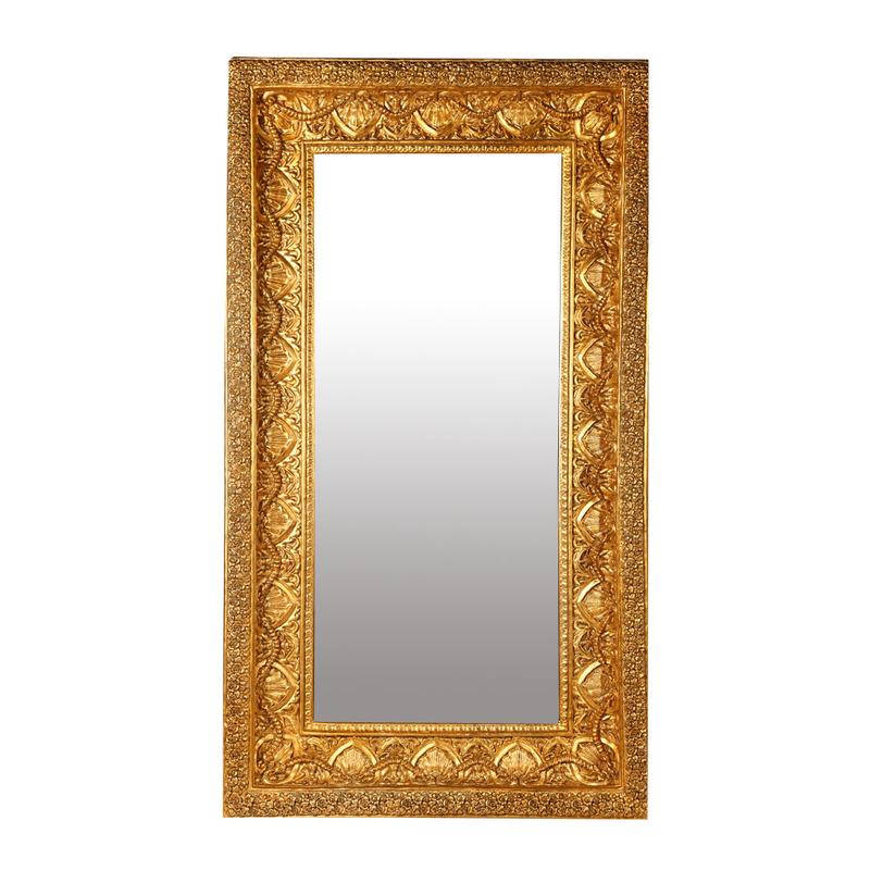 ЗеркалоНастенные зеркала<br>Тяжелая, богато украшенная рама зеркала от Deco-Home больше напоминает оклад старинной иконы, чем рядовой предмет интерьера. Ее дизайн отсылает нас к роскошному искусству древней Византии с характерной для него причудливой узорчатостью, заимствованной у персов. Этот стиль возрожден и снова актуален благодаря усилиям Dolce &amp;amp;amp; Gabbana, Chanel и других именитых дизайнеров.<br><br>Material: Стекло<br>Length см: 171,5<br>Width см: 76,2<br>Depth см: None<br>Height см: None<br>Diameter см: None