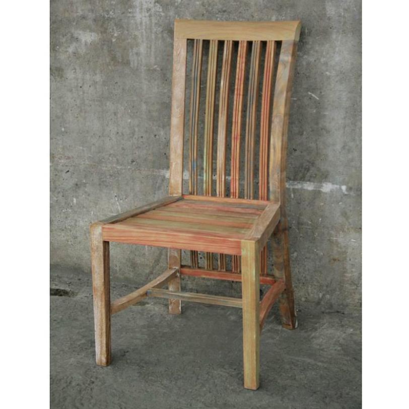 Стул BoleroОбеденные стулья<br>Стул&amp;amp;nbsp;&amp;quot;Bolero&amp;quot; ? идиллическое воплощение загородного духа, в котором элегантность гармонично сосуществует с практичностью. Благодаря классическому силуэту и натуральным материалам он имеет удивительно изящный вид. Наличие потертостей на искусно состаренном дереве добавляет облику больше непосредственности и романтизма.<br><br>Material: Дерево<br>Length см: 44.5<br>Width см: 43.0<br>Depth см: None<br>Height см: 113.5<br>Diameter см: None