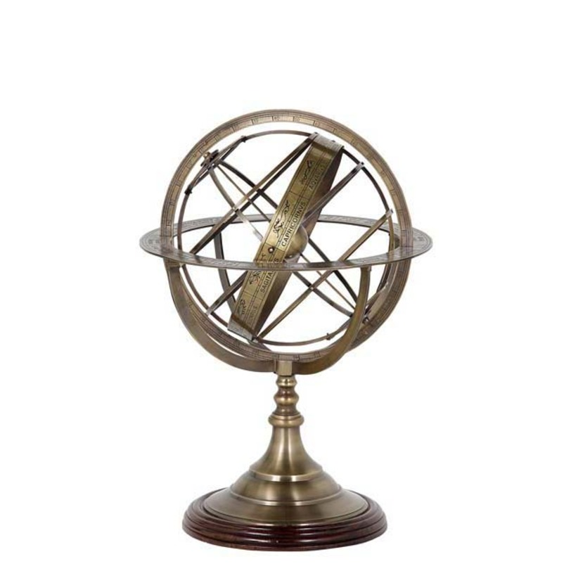 Аксессуар Globe SmalДругое<br>Цвет металла - состаренная латунь.<br><br>Material: Металл<br>Ширина см: 16.0<br>Высота см: 29.0<br>Глубина см: 16.0