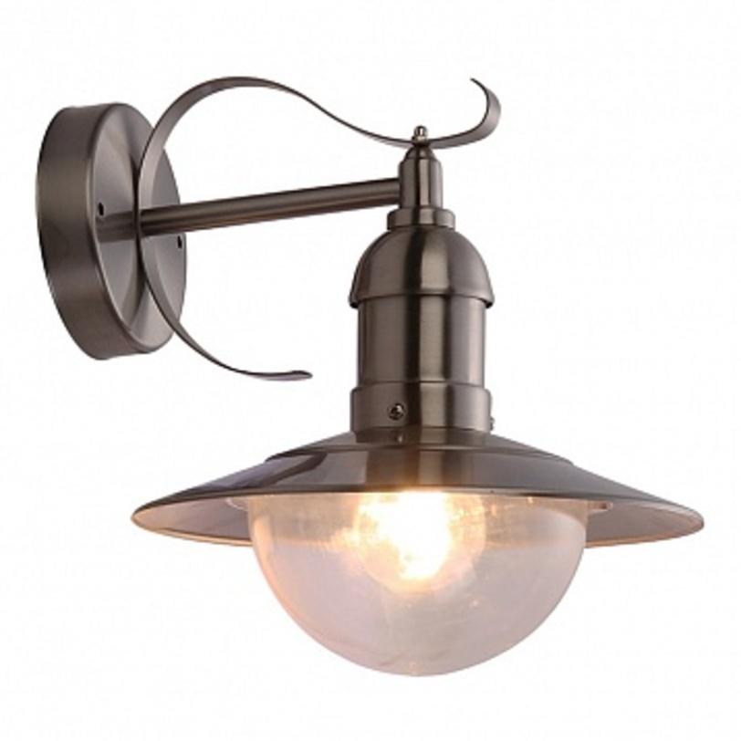 Светильник настенный MixedУличные настенные светильники<br>Мощность: 60W<br>Количество патронов: 1<br>Патрон: Е27<br>Напряжение: 230V<br>Материал: металл, стекло<br><br>Material: Металл<br>Ширина см: 28<br>Высота см: 27