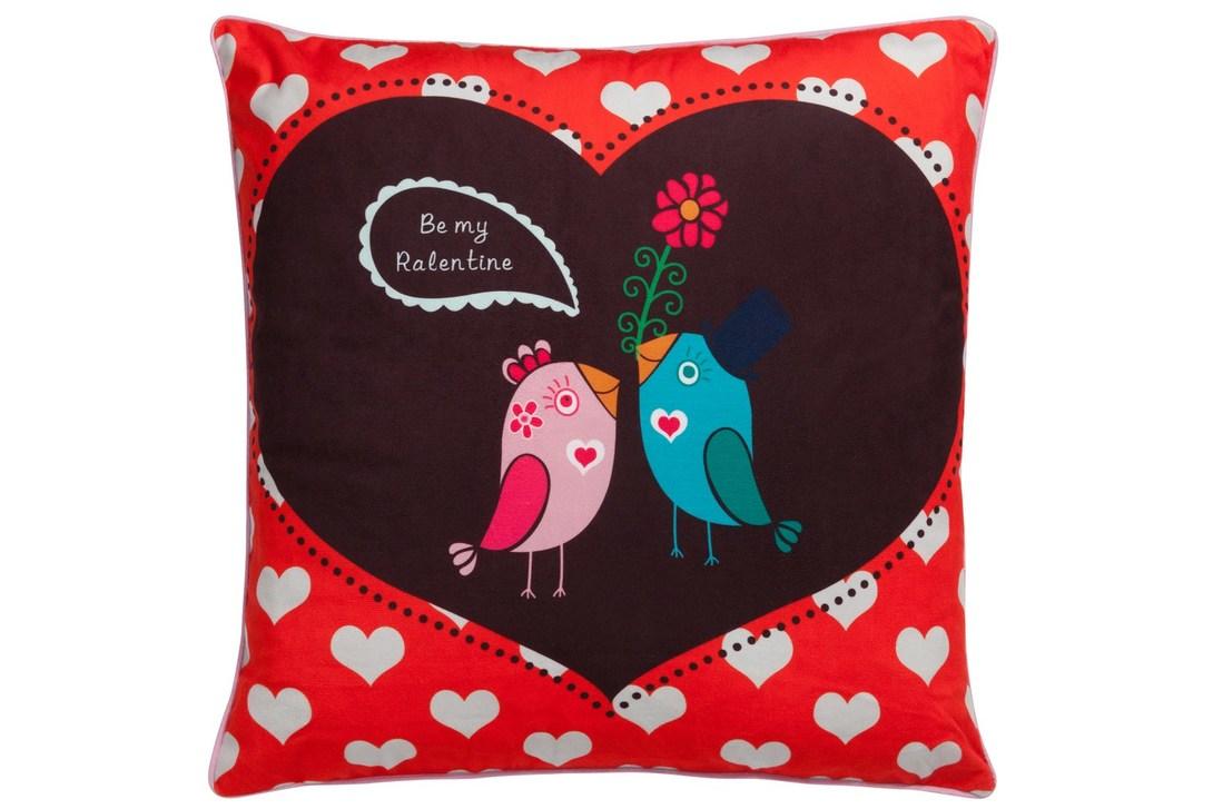 Подушка Birds WeddingКвадратные подушки и наволочки<br>Подушка Bird&amp;#39;s Wedding словно создана для того, чтобы привнести в ваш дом праздник, яркие краски и очарование. Такой предмет декора способен оживить интерьер его и добавить оригинальности. Благодаря цветовому решению аксессуар также послужит замечательным подарком дорогому и любимому человеку, а возможно, и напоминанием о ваших трепетных к нему чувствах.<br><br>Material: Текстиль<br>Length см: 45<br>Width см: 45<br>Depth см: None<br>Height см: 6<br>Diameter см: None