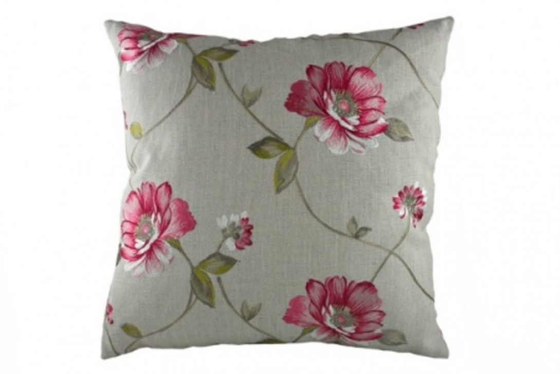 Подушка  Pink FlowersКвадратные подушки<br>Красивая, квадратная подушка, выполнена в стиле прованс, покрыта хлопковой серой тканью, с цветочным орнаментом в розово-зеленом цвете. Упругая подушка хорошо поддерживает спину, помогает расслабиться и принять удобную позу, обеспечит крепкий сон.<br><br>Material: Текстиль<br>Length см: 43<br>Width см: 43<br>Depth см: None<br>Height см: 10<br>Diameter см: None