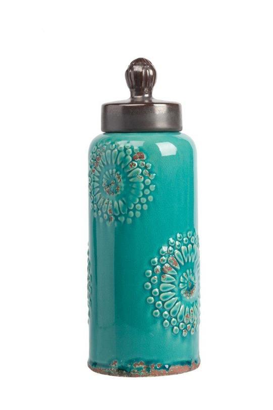 Декоративная банка Menhindi GrandeЕмкости для хранения<br>Декоративная банка Menhindi Grande – это изысканная емкость, выполненная в модном стиле «прованс»: изготовлена из грубой керамики, по всей поверхности имеет искусственные потертости, неброский аквамариновый цвет и незамысловатая лепка в виде цветов на боках аксессуара. В такой банке вы сможете хранить сыпучие продукты питания или просто нужные безделушки.<br><br>Material: Керамика<br>Length см: None<br>Width см: None<br>Depth см: None<br>Height см: 32<br>Diameter см: None