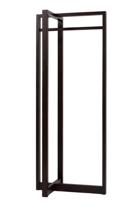 Дрессер Alexa BrownВешалки<br>Этот дрессер в стиле унисекс подойдет как для мужского, так и для женского гардероба, уместен он будет и в спальной комнате. Дрессер выполнен в теплом шоколадном цвете, он имеет минималистичный дизайн, никакого лишнего декора или дополнительных элементов, именно поэтому его можно смело использовать практически в любом интерьере. На него можно повесить сразу несколько вешалок с одеждой и оценить, насколько гармонично будут смотреться подобранные вами луки.<br><br>Material: Дерево<br>Length см: 68<br>Width см: 50<br>Depth см: None<br>Height см: 170<br>Diameter см: None