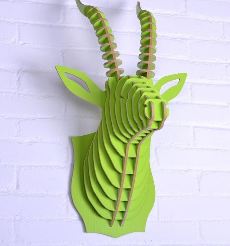 Предмет декора АнтилопаФигуры<br>Декоративные головы животных на стену выполнены в скандинавском стиле, сочетают в себе естественную простоту и изысканность. Экологически безопасные, сделанные вручную, такие элементы декора смотрятся всегда необычно, и в тоже время очень стильно! Очень много разных цветов и вариантов покраски дают разгуляться воображению.<br><br>Material: МДФ<br>Length см: None<br>Width см: 48,9<br>Depth см: 34,4<br>Height см: 63,9<br>Diameter см: None