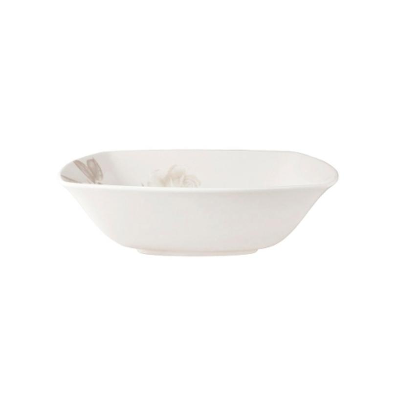 ЧашаЧаши<br>MIKASA по праву считается одним из мировых лидеров по производству столовой посуды из фарфора и керамики. На протяжении более полувека категории качества и дизайна являются неотъемлемой частью бренда MIKASA. Сегодня MIKASA сотрудничает со многими известными дизайнерами, работающими для лучших фабрик мира, и использует самые передовые технологии в производстве посуды.<br><br>Material: Фарфор<br>Length см: 24<br>Width см: 24<br>Depth см: None<br>Height см: None<br>Diameter см: None