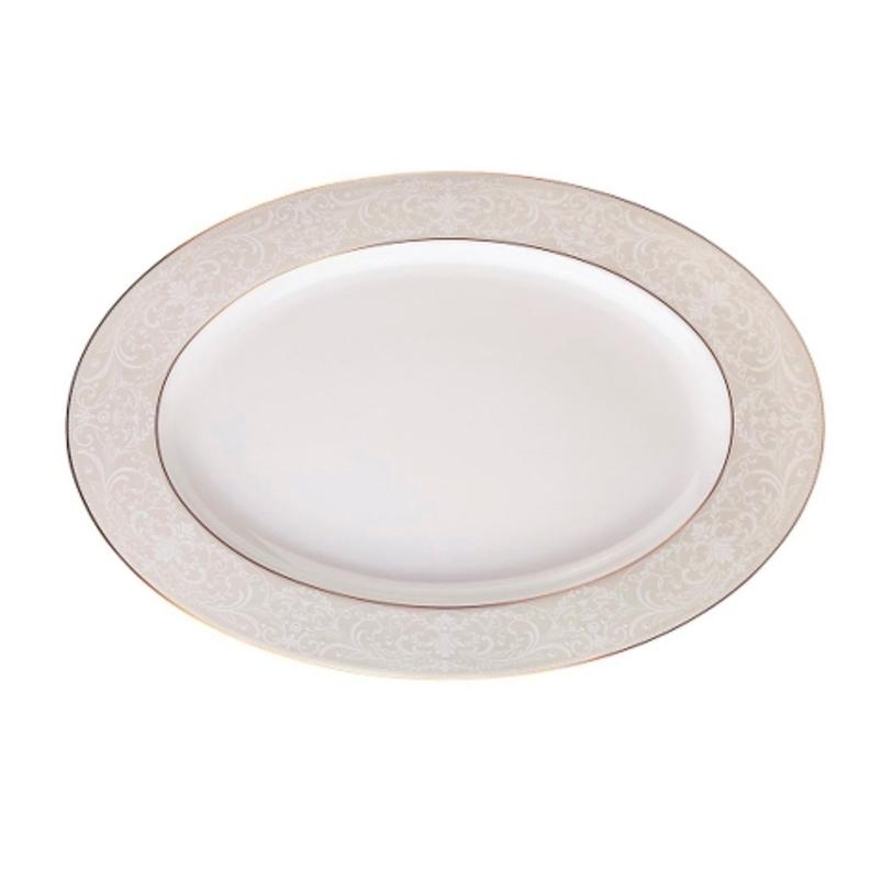 Блюдо овальноеДекоративные блюда<br>MIKASA по праву считается одним из мировых лидеров по производству столовой посуды из фарфора и керамики. На протяжении более полувека категории качества и дизайна являются неотъемлемой частью бренда MIKASA. Сегодня MIKASA сотрудничает со многими известными дизайнерами, работающими для лучших фабрик мира, и использует самые передовые технологии в производстве посуды.<br><br>Material: Фарфор<br>Length см: 40<br>Width см: None<br>Depth см: None<br>Height см: None<br>Diameter см: None
