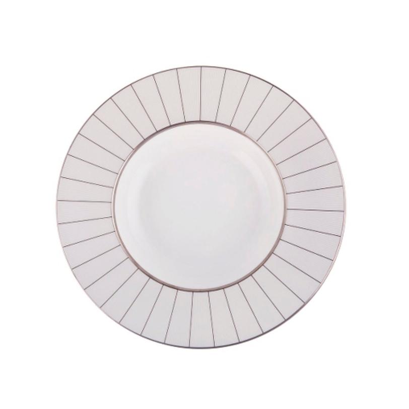 Тарелка глубокаяТарелки<br>MIKASA по праву считается одним из мировых лидеров по производству столовой посуды из фарфора и керамики. На протяжении более полувека категории качества и дизайна являются неотъемлемой частью бренда MIKASA. Сегодня MIKASA сотрудничает со многими известными дизайнерами, работающими для лучших фабрик мира, и использует самые передовые технологии в производстве посуды.<br><br>Material: Фарфор<br>Length см: None<br>Width см: None<br>Depth см: None<br>Height см: None<br>Diameter см: 23