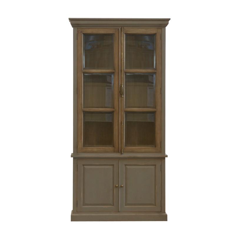Шкаф Martis CabinetКнижные шкафы и библиотеки<br>Создавая книжный шкаф Martis Cabinet, умельцы из Gramercy применили любимый прием: взяли классический стеллаж в стиле «прованс» и добавили ему винтажности. В итоге получилась современную мебель, которую от антикварной и не отличишь. Эпоха чувствуется в деталях, каркас и глухие дверцы из ценных сортов древесины действительно роскошны, а стеклянные створки в верхнем ярусе придают легкий ностальгический эффект.<br><br>Material: Дерево<br>Ширина см: 43<br>Высота см: 244