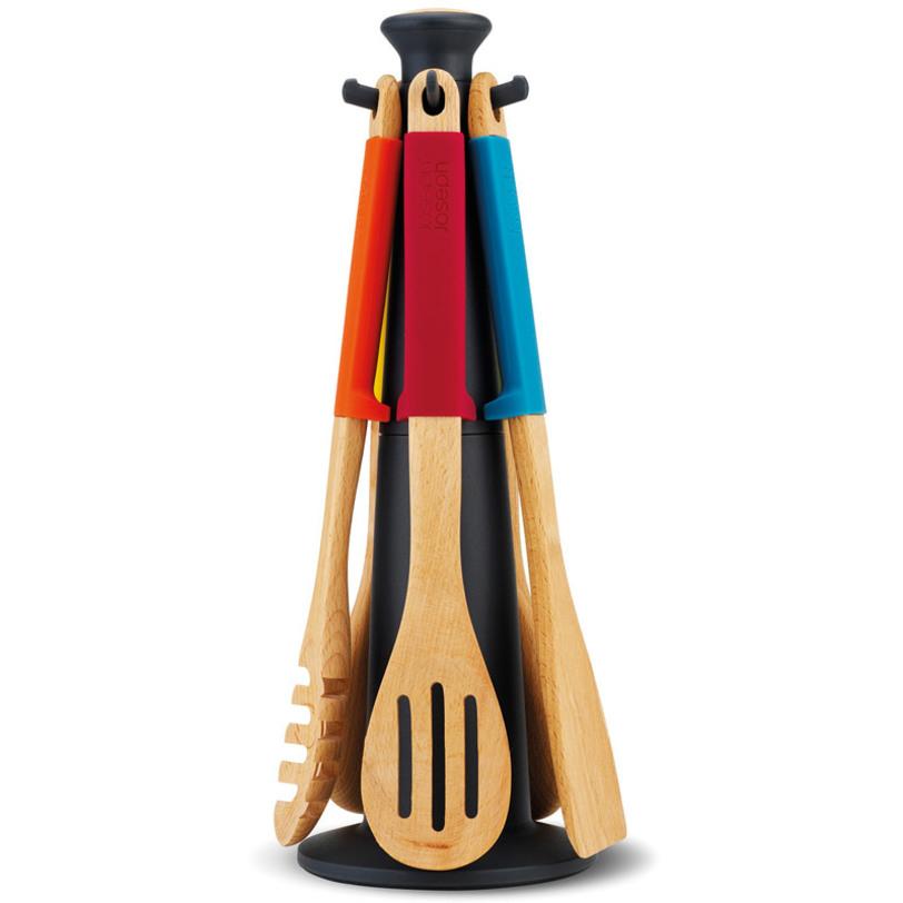Набор кухонный Elevate™ multiКухонные наборы посуды<br>Запатентованный дизайн Joseph Joseph. Серия Elevate помогает сохранить чистоту во время приготовления пищи. В ручку каждого инструмента встроен утяжелитель и держатель. Таким образом, грязная часть всегда остается на весу, и вы никогда не испачкаете поверхность стола. Кроме того, эти инструменты стильные, приятных цветов и изготовлены из дерева, не повреждающего деликатные поверхности посуды.<br>Термостойкие силиконовые ручки.<br><br>Material: Дерево<br>Length см: None<br>Width см: None<br>Depth см: None<br>Height см: 36,5<br>Diameter см: 16