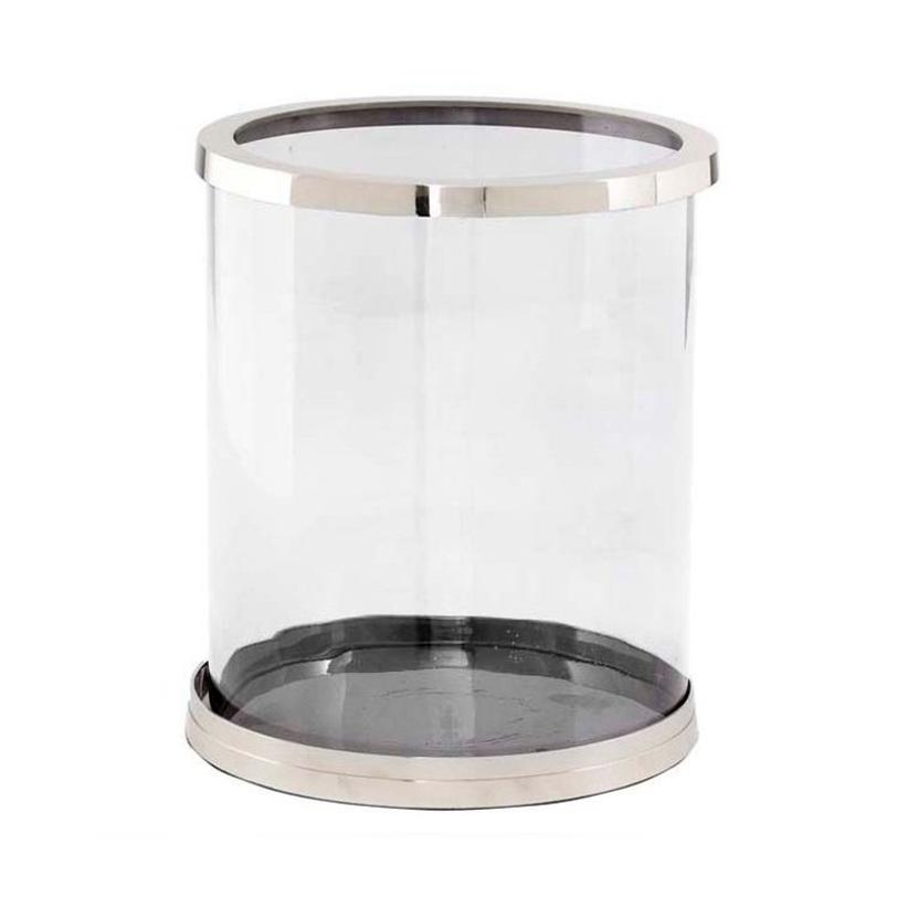 Подсвечник TommyПодсвечники<br>Подсвечник выполнен из прозрачного стекла в никелированной раме.<br><br>Material: Стекло<br>Length см: None<br>Width см: None<br>Depth см: None<br>Height см: 32<br>Diameter см: 27
