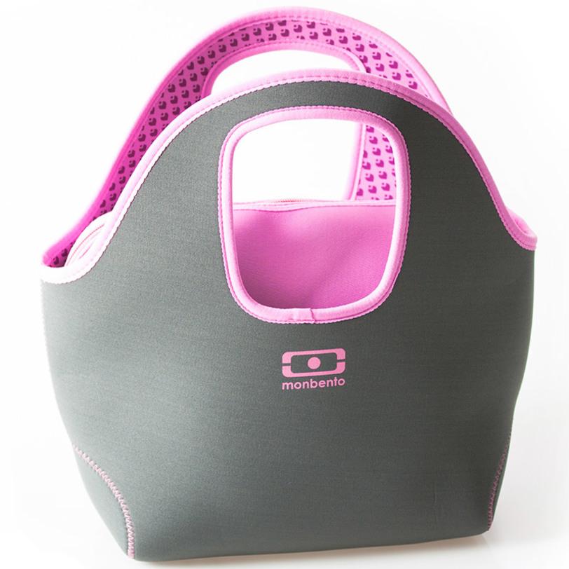 Сумка для ланча Mb pop upКорзины<br>Стиль, привлекательность и практичность – именно этим вдохновлялись дизайнеры Monbento при создании сумки Pop Up. Она великолепно подойдет для офисного обеда, пикника, поездки по магазинам и т.д. Благодаря изоляции из неопрена температура внутри сумки остается более стабильной: в жаркий день еда дольше останется свежей (есть специальное место, куда можно положить мешочек со льдом). Так же обед дольше останется теплым и в прохладный день.<br>Сумка двусторонняя: её можно вывернуть наизнанку, и – волшебство! – она станет другого цвета. Выбирайте стиль, который вам по душе.<br><br>Материал: неопрен<br><br>Material: Текстиль<br>Length см: 30<br>Width см: 13<br>Depth см: None<br>Height см: 35<br>Diameter см: None