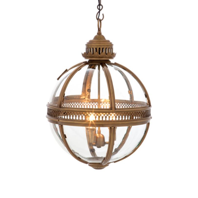 Подвесная люстра Lantern ResidentialЛюстры подвесные<br>Подвесная люстра из стекла и металла.<br>Цвет металла - состаренная латунь.<br>Высота подвеса регулируется. Можно дополнительно укомплектовать светильник абажурами.<br><br>Количество лампочек: 3<br>Мощность: 3 x 40 Вт<br>Цоколь: E14<br><br>Material: Металл<br>Высота см: 63