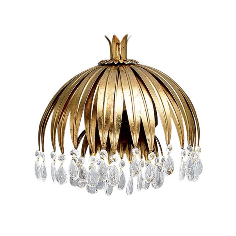 Подвесной светильникПодвесные светильники<br>Подвесной светильник из металла золотого цвета. Светильник выполнен в виде цветка с ниспадающими лепестками. Хрустальные прозрачные подвески на конце лепестков. Высоту светильника можно регулировать. Дизайн: Karen Lenz.<br><br>Количество лампочек: 1<br>Мощность: 1 x 70 Вт<br>Цоколь: E27<br><br>Material: Металл<br>Length см: None<br>Width см: None<br>Depth см: None<br>Height см: 26<br>Diameter см: 27