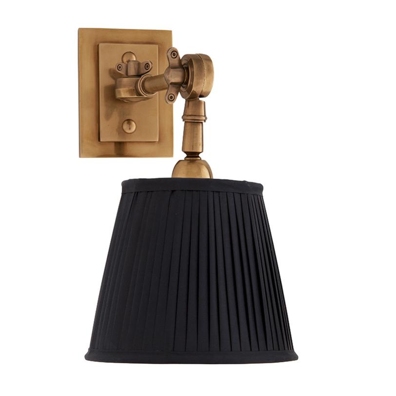 Бра Wentworth single Бра<br>Бра с текстильным плиссированным абажуром черного цвета.<br>Материал: текстиль, металл<br>Цвет металла: состаренная латунь.<br>Глубина светильника регулируется, его можно вращать по вертикали.<br>Количество лампочек: 1<br>Мощность: 1 x 40 Вт<br>Цоколь: E14<br><br>Material: Текстиль<br>Length см: None<br>Width см: 20<br>Depth см: 8<br>Height см: 25<br>Diameter см: None