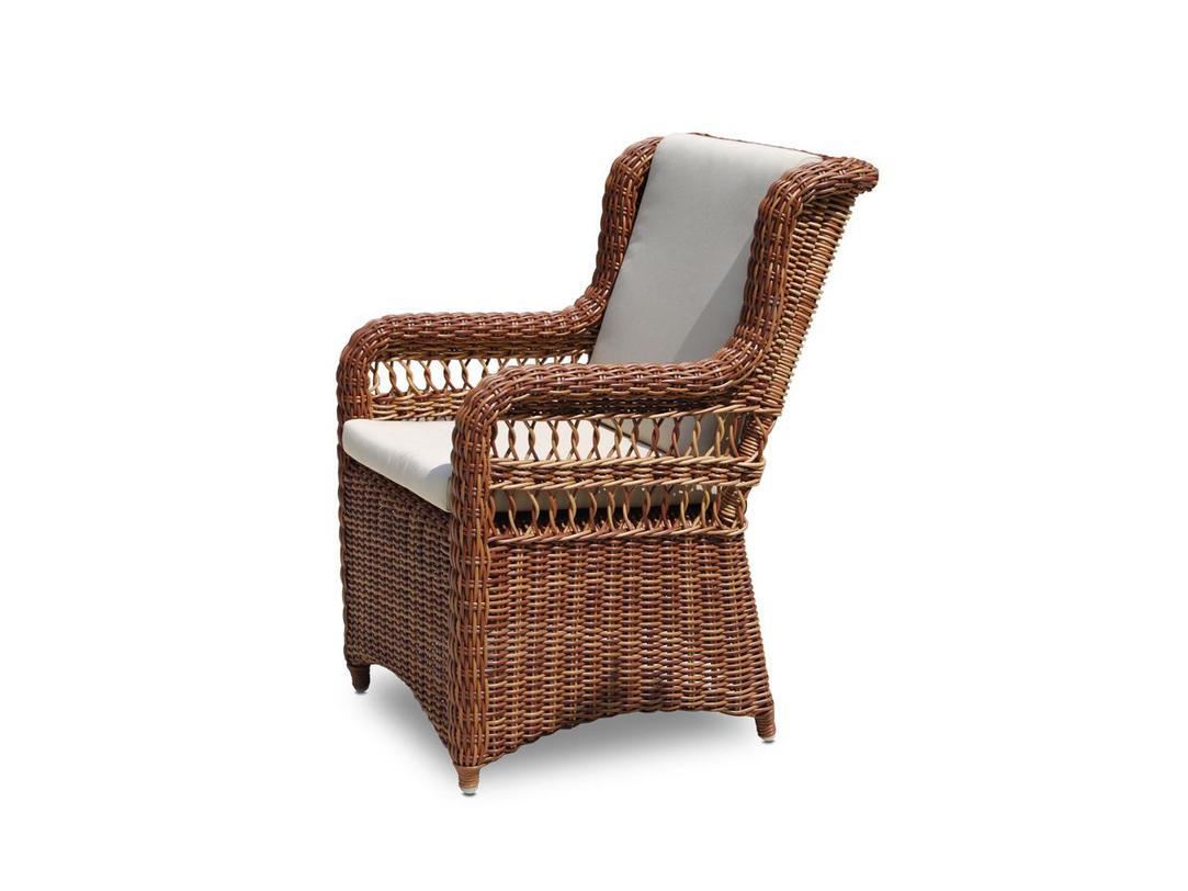 Кресло EbonyКресла для дачи<br>Обеденное кресло полностью защищено от непогоды и солнечного излучения, обивка выполнена из ткани SUNBRELLA, которая не впитывает влагу и легко чистится. Все предметы мебели выполнены из искусственного ротанга ручного плетения на легком алюминиевом каркасе. Цвет подушек - canvas velum (бежевый)<br>Цвет плетения: red pulut<br><br>Material: Ротанг<br>Length см: 60<br>Width см: 71<br>Depth см: None<br>Height см: 95<br>Diameter см: None