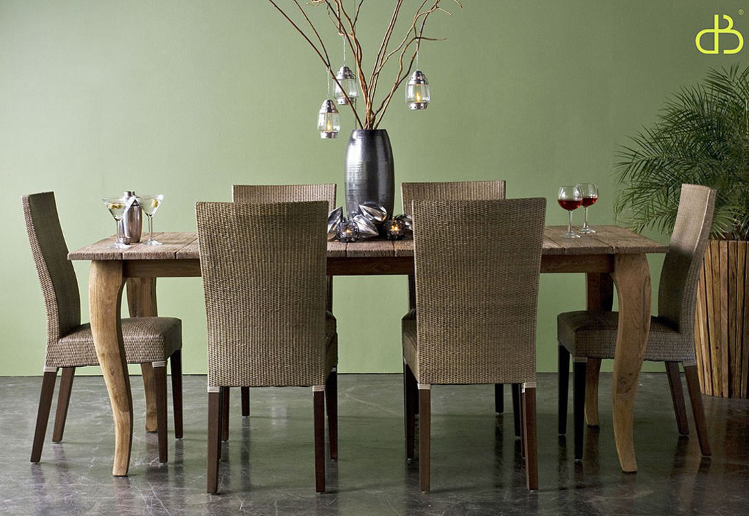 """Стол обеденный  Lucy 200Обеденные столы<br>Стол обеденный из массива тика """"Luc"""", широкий и длинный, позволит разместить больше число гостей.<br>Покупка данного товара осуществляется под заказ.<br><br>Мебельная компания Teak House выпускает стильную, винтажную мебель из массива тика. Она старается сохранить неповторимую фактуру, красоту и жизненную силу натуральной поверхности дерева, подчеркнуть ее удивительный и уникальный рисунок, созданный самой природой.<br>О возможности изготовления данной модели на заказ уточняйте у оператора.<br><br>Material: Тик<br>Width см: 200<br>Depth см: 100<br>Height см: 78"""