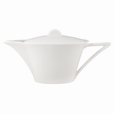 ЧайникКофейники и молочники<br>Бренд MIKASA известен своей безупречностью в дизайне посуды. &amp;amp;nbsp;Белый фарфоровый чайник привлекает внимание нетипичной формой. Чаша выполнена в форме перевернутой трапеции, а носик и ручка находятся в идеальной пропорции друг с другом. За счет подобной геометрии получился оригинальный предмет.&amp;lt;div&amp;gt;&amp;lt;br&amp;gt;&amp;lt;/div&amp;gt;&amp;lt;div&amp;gt;Объем: 0,7 литра&amp;lt;/div&amp;gt;<br><br>Material: Фарфор