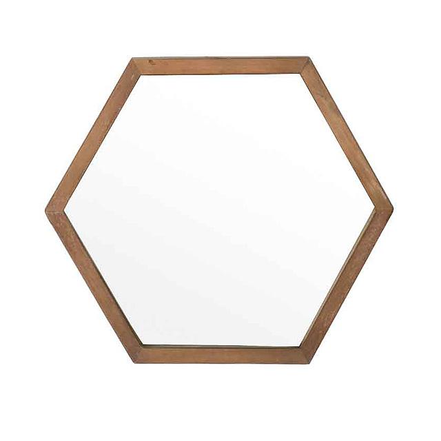 Зеркало Soul 50Настенные зеркала<br>&amp;lt;div&amp;gt;Шестиугольное зеркало &amp;quot;Soul 50&amp;quot; из массива антикварного тика подарит вашему дому старомодного уюта. Или современного! Благодаря милой раме из натурального дерева оно выглядит романтично и элегантно. Его можно использовать как самостоятельно, так и в комплекте с другими такими же зеркалами, чтобы создать на стенах интересный декор, по форме напоминающий пчелиные соты.&amp;lt;/div&amp;gt;&amp;lt;div&amp;gt;&amp;lt;br&amp;gt;&amp;lt;/div&amp;gt;&amp;lt;div&amp;gt;Рама из массива антикварного тика.&amp;amp;nbsp;&amp;lt;/div&amp;gt;<br><br>Material: Стекло<br>Ширина см: 50<br>Высота см: 43<br>Глубина см: 3