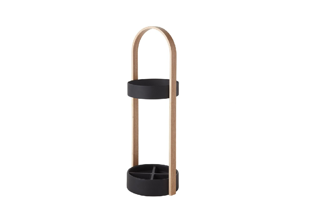 Подставка для зонтов hubЗонтницы<br>Необычная подставка для зонтов, которая к тому же является отличным элементом интерьера. Имеет ручку, обеспечивающую мобильность, а также прорезиненное дно, которое надёжно защитит ваш пол от воды и беспорядка. По словам дизайнера, он задумал сделать подставку для зонтов, которая будет выглядеть так же стильно, как вся мебель в его доме.&amp;lt;div&amp;gt;Материал: металл, дерево.&amp;lt;/div&amp;gt;<br><br>Material: Металл<br>Height см: 67,8<br>Diameter см: 21