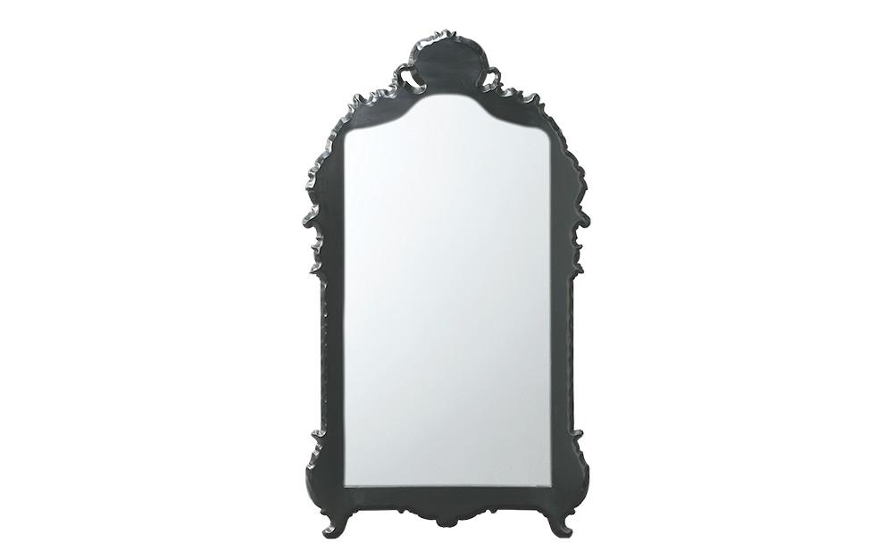 Зеркало MaillotНастенные зеркала<br>&amp;quot;Maillot&amp;quot; ? зеркало, роскошь которому придает завораживающая элегантность традиционного французского дизайна. Изюминкой выступает прекрасная рама. Она выполнена из натуральной древесины, окрашенной в благородный и загадочный черный цвет.<br><br>Material: Дерево<br>Width см: 89<br>Depth см: 4<br>Height см: 150