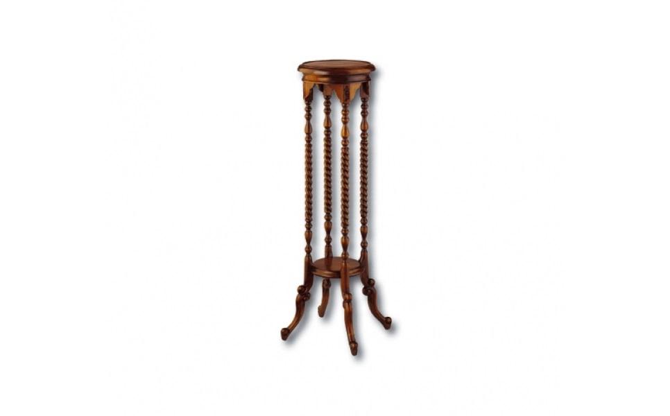 ПодставкаПриставные столики<br>Цветы или другой декор будут смотреться еще прекраснее на такой подставке. Ее стройный силуэт позволит раскрыться великолепию любого украшения и дополнит его притягательность своей неотразимостью. Красное дерево с резными деталями очарует естественным благородством. Многочисленные спиральные и другие резные детали ручной обработки придают изюминку строгому оформлению, идеальному для классических английских интерьеров.&amp;lt;div&amp;gt;&amp;lt;br&amp;gt;&amp;lt;/div&amp;gt;&amp;lt;div&amp;gt;Выполнено из массива красного дерева. Ручная работа.&amp;lt;/div&amp;gt;<br><br>Material: Красное дерево<br>Width см: 35<br>Depth см: 35<br>Height см: 100