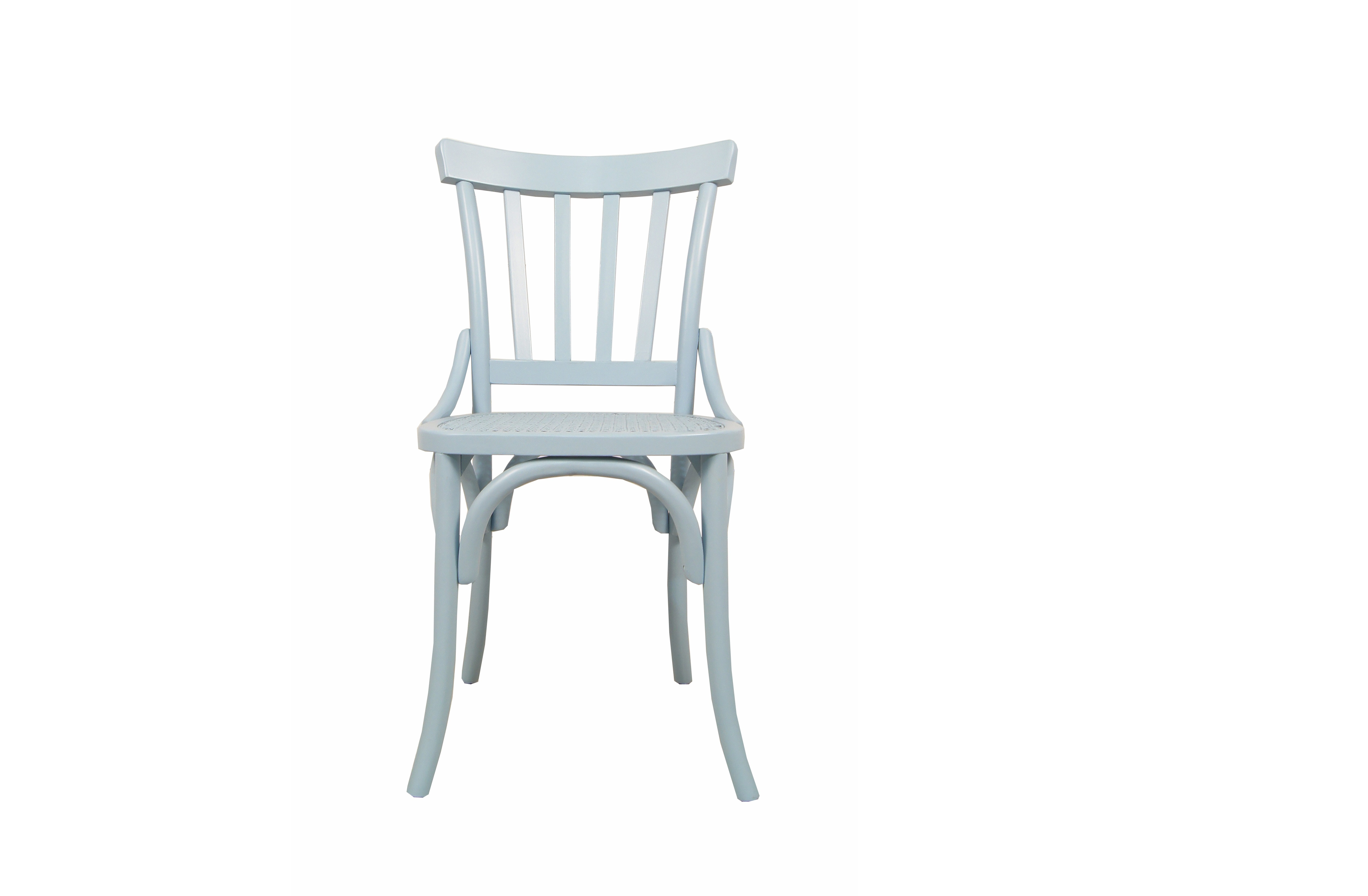 СтулОбеденные стулья<br>Классический вариант мебели для интерьера в стиле Прованс. Скромный и нежный образ &amp;amp;nbsp;стула как нельзя лучше подчеркнет колорит французского кантри. В модели нет ничего лишнего. Здесь буквально все говорит о легкости: нежный голубой цвет, слегка изогнутые линии. Завершающий штрих – ажурная отделка сиденья стула – добавит в пространство романтики и уюта. &amp;amp;nbsp;<br><br>Material: Береза<br>Width см: 50<br>Depth см: 54<br>Height см: 88
