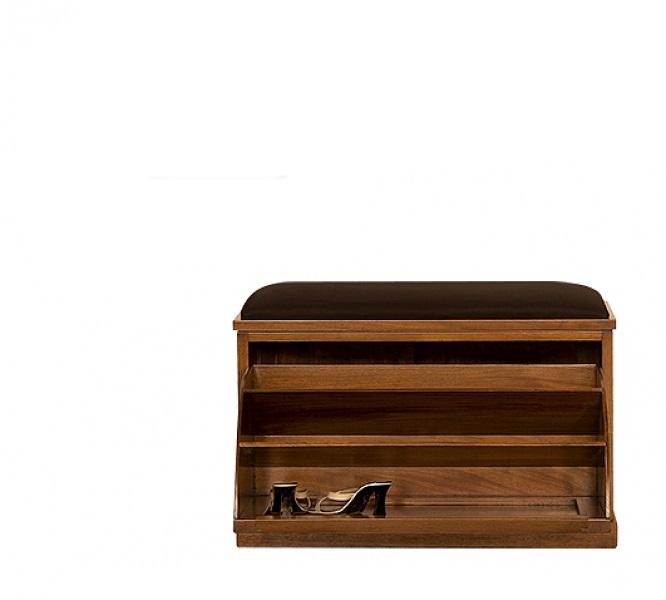 Обувница кожа коричневаяОбувницы<br>Такая обувница станет лучшим дополнением для холла. Аккуратная и элегантная, она не просто украсит пространство, но и позволит использовать его рационально. Ее можно применять не только как место для хранения обуви, но и как сиденье. Кожаная подушка, установленная над ящиком, обеспечивает комфорт. Красное дерево, из которого изготовлена обувница, придает ей очень благородный вид, идеальный для классических интерьеров.&amp;amp;nbsp;<br><br><br><br>&amp;lt;div&amp;gt;&amp;lt;br&amp;gt;&amp;lt;/div&amp;gt;&amp;lt;div&amp;gt;Выполнено из массива красного дерева. Ручная работа.&amp;lt;/div&amp;gt;<br><br>Material: Красное дерево<br>Ширина см: 83<br>Высота см: 50<br>Глубина см: 35